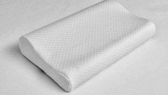 verspannungen nackenkissen k nnen helfen ratgeber gesundheit. Black Bedroom Furniture Sets. Home Design Ideas