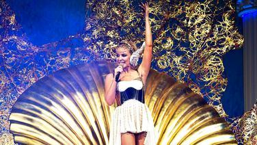 """Kylie Minogue live in Herning (DK) am 19. Februar 2011 auf ihrer """"Aphrodite""""-Tour © dpa - Bildfunk Foto: Henning Bagger"""