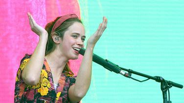 Lilly Among Clouds auf der Bühne © NDR Foto: Mirko Hannemann