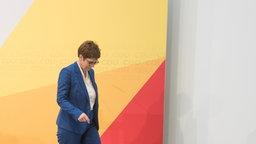 CDU-Chefin Kramp-Karrenbauer hat in der heutigen Sitzung des CDU-Präsidiums mitgeteilt, dass sie auf eine Kandidatur als Kanzlerkandidatin verzichtet.  Foto: Jörg Carstensen