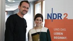 ESC-Teilnehmerin Ann Sophie mit NDR 2 Redakteur Thomas Mohr © NDR Foto: Kamila Klepacki