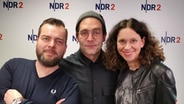 Bosse im NDR 2 Nachmittag mit Elke Wiswedel und Jens Mahrhold.  Foto: Gilbert Lake