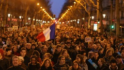 Trauermarsch in Paris  Foto: Fredrik von Erichsen