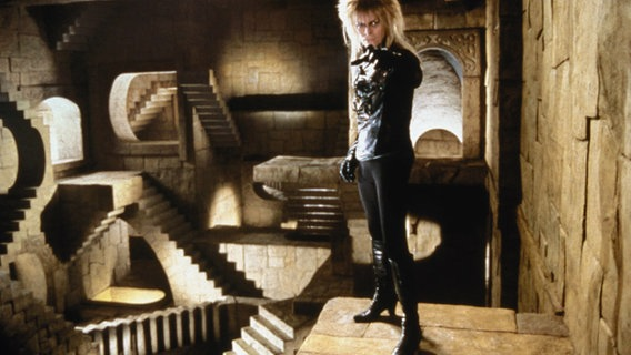 David Bowie in einer Szene aus dem Film Labyrinth. © Picture-Alliance Foto: Picture-Alliance