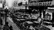 New York, Broadway (1928) © dpa Fotograf: akg-images