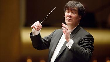 Konzertszene: Alan Gilbert dirigiert © Chris Lee