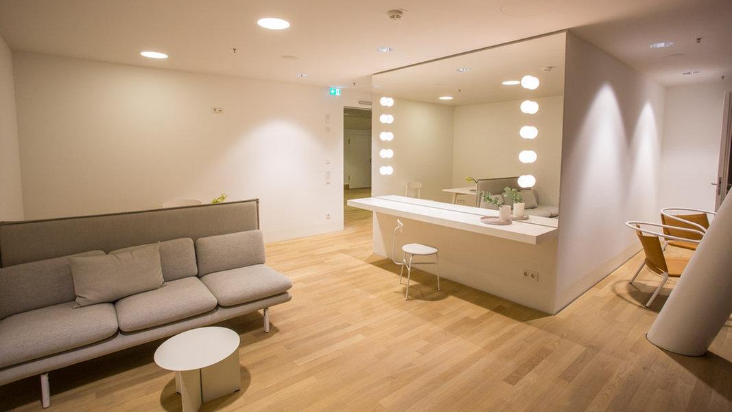 elbphilharmonie was m bel und musik verbindet kultur elbphilharmonie. Black Bedroom Furniture Sets. Home Design Ideas