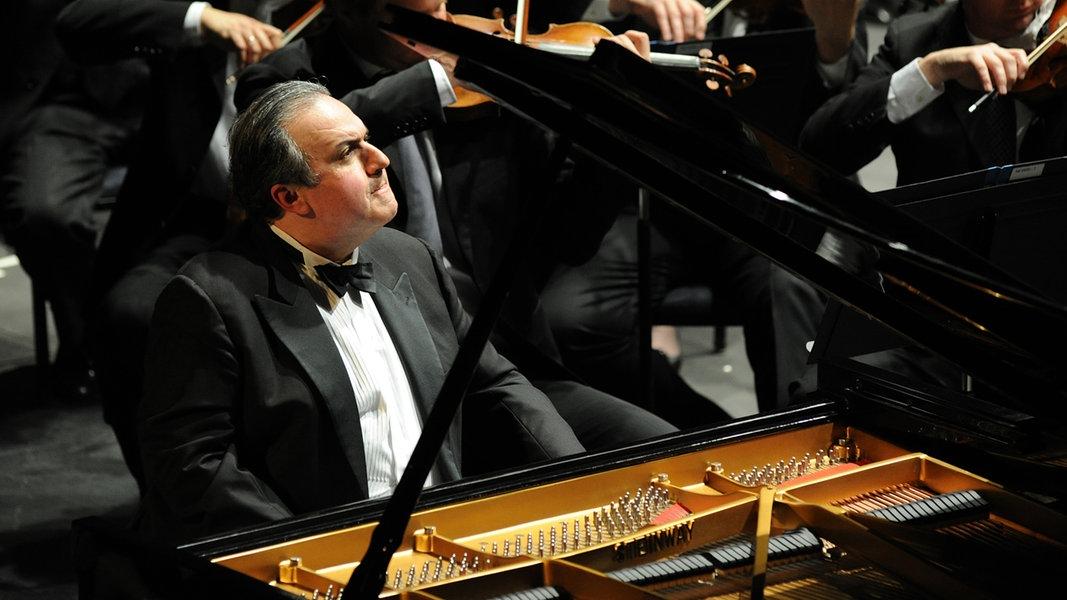 Elbphilharmonie: Bronfman begeistert mit Rachmaninow