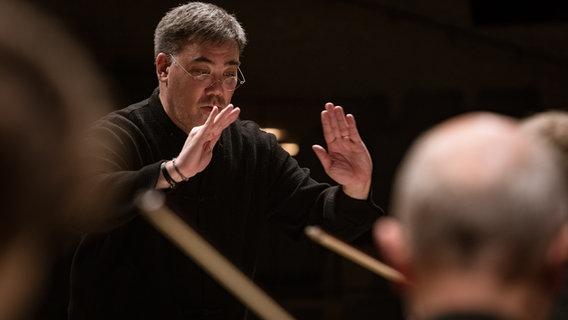 Dirigent Alan Gilbert Wird Leiter Der Stockholmer Oper Ndr De Kultur Elbphilharmonie