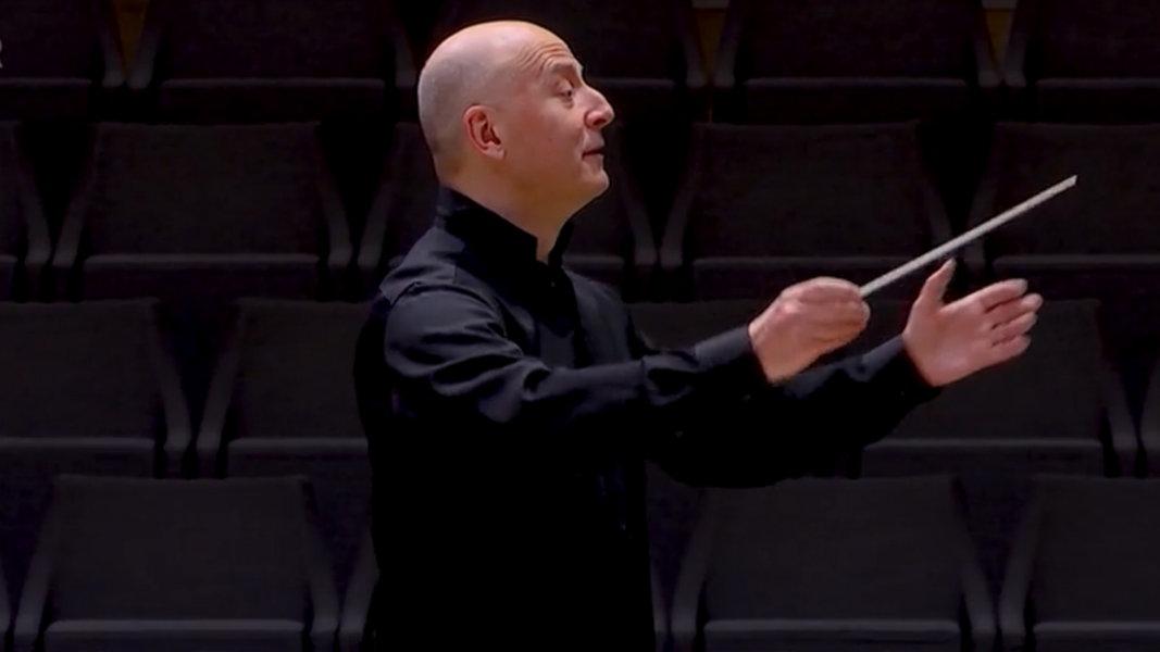 Paavo Järvi dirigiert Werke französischer Komponisten