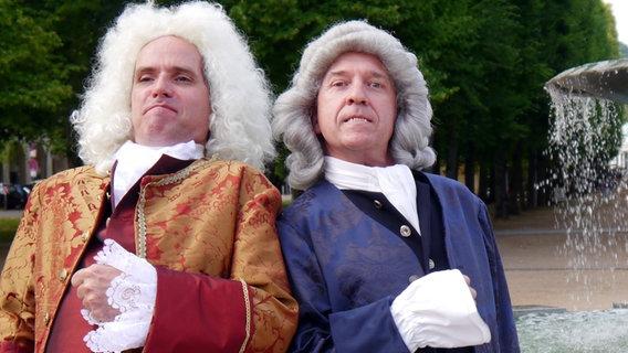 Carl-Herbert Braun als Georg Friedrich Händel und Jörg Schade als Johann Sebastian Bach © Merle Espenhain Foto: Merle Espenhain