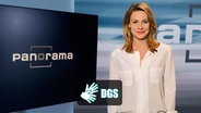 Sendungsbild von Panorama mit dem DGS Logo und Anja Reschke. © NDR Foto: Thomas Pritschet