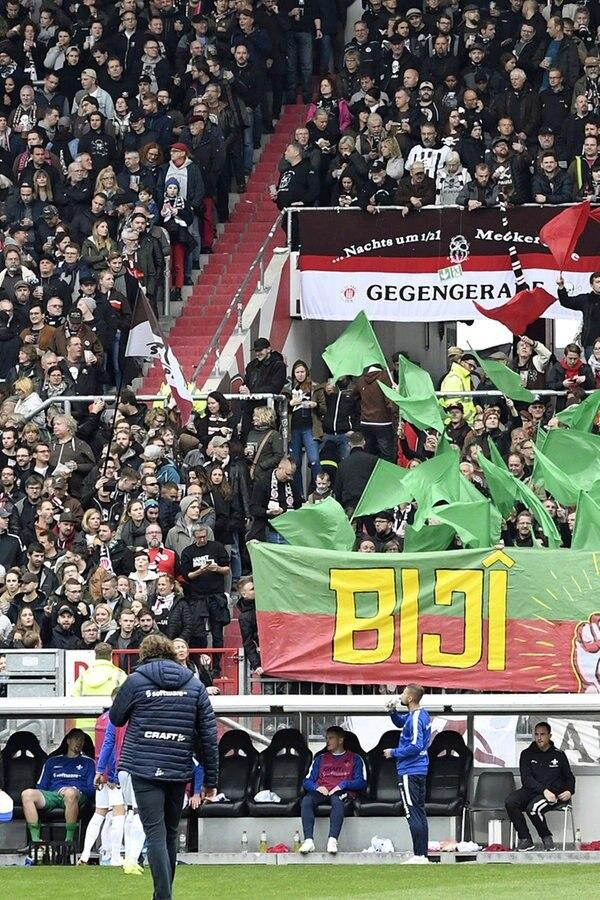 FC St. Pauli: DFB erwägt Strafe wegen politischer Aktion