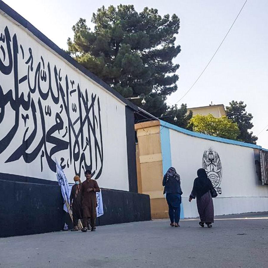 Erste Zeichen der Taliban-Regierung