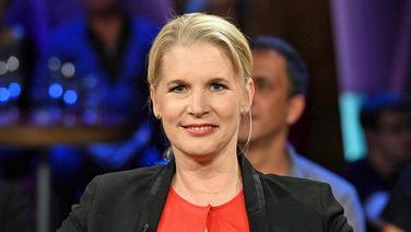 Cornelia Poletto in der NDR Talk Show am 8. Juli 2016 © NDR Fotograf: Uwe Ernst