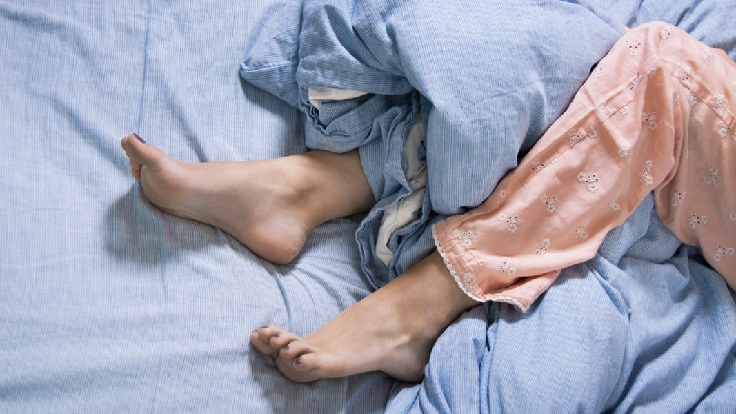 restless legs syndrom symptome und behandlung ratgeber gesundheit. Black Bedroom Furniture Sets. Home Design Ideas