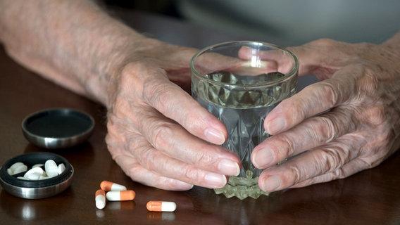Die Rezensionen über die Alten die vom Alkoholismus behandeln