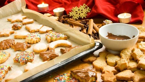 Schnelles Weihnachtsgebäck Rezepte.Backen Im Advent Rezepte Und Tipps Ndr De Ratgeber Kochen