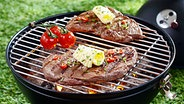 Steaks auf einem Grill ©  Fotolia.com Foto: stockcreations