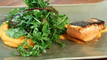 Rezept Lachs Mit Kartoffel Sellerie Püree Und Blattsalat Ndrde