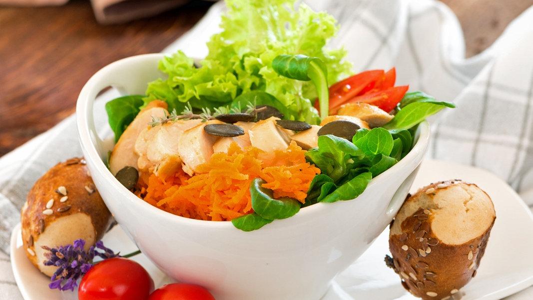 salate und dips das schmeckt zu gegrilltem ratgeber kochen rezept suche. Black Bedroom Furniture Sets. Home Design Ideas