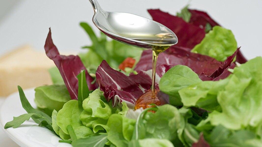 salat kaufen lagern und richtig zubereiten seite 2 ratgeber kochen warenkunde. Black Bedroom Furniture Sets. Home Design Ideas