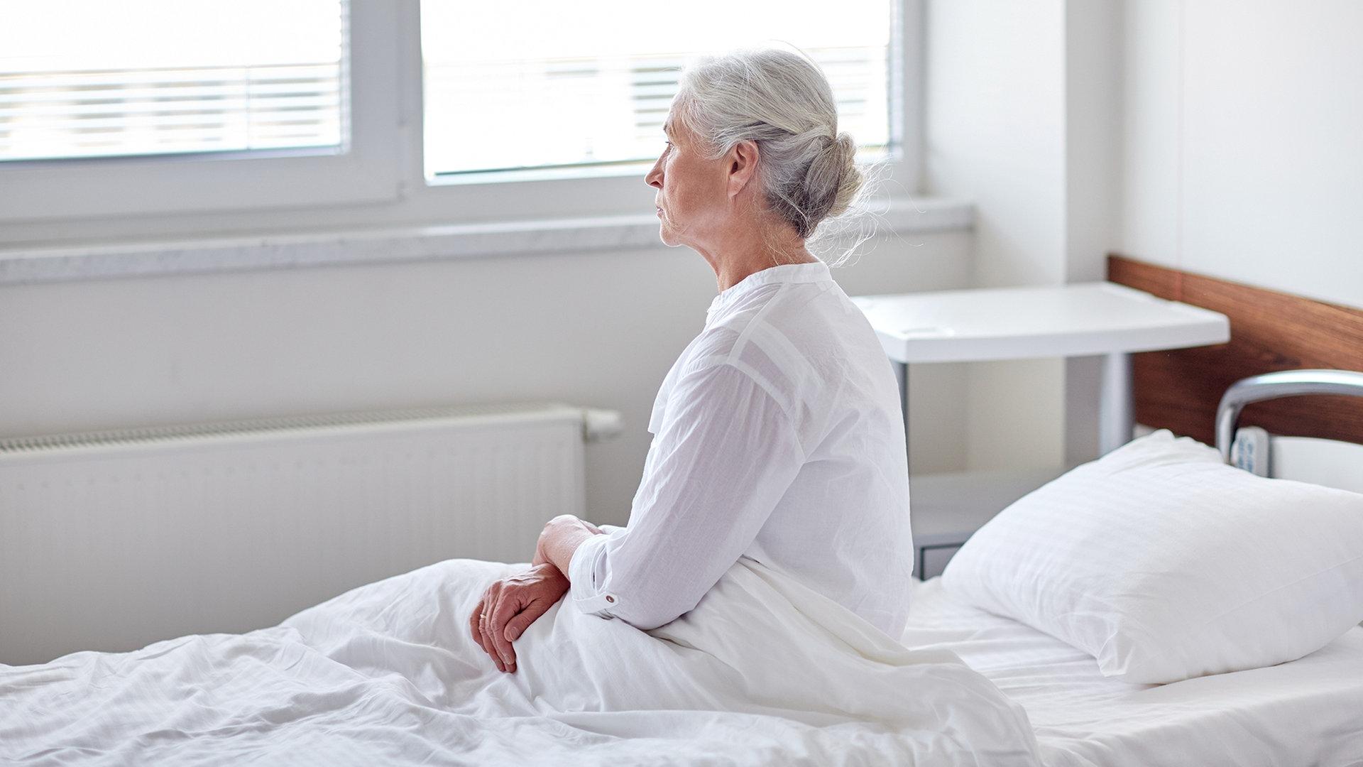 Wie bekomme ich ältere frauen ins bett