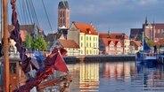 Blick auf den Alten Hafen von Wismar © Tourismuszentrale Wismar