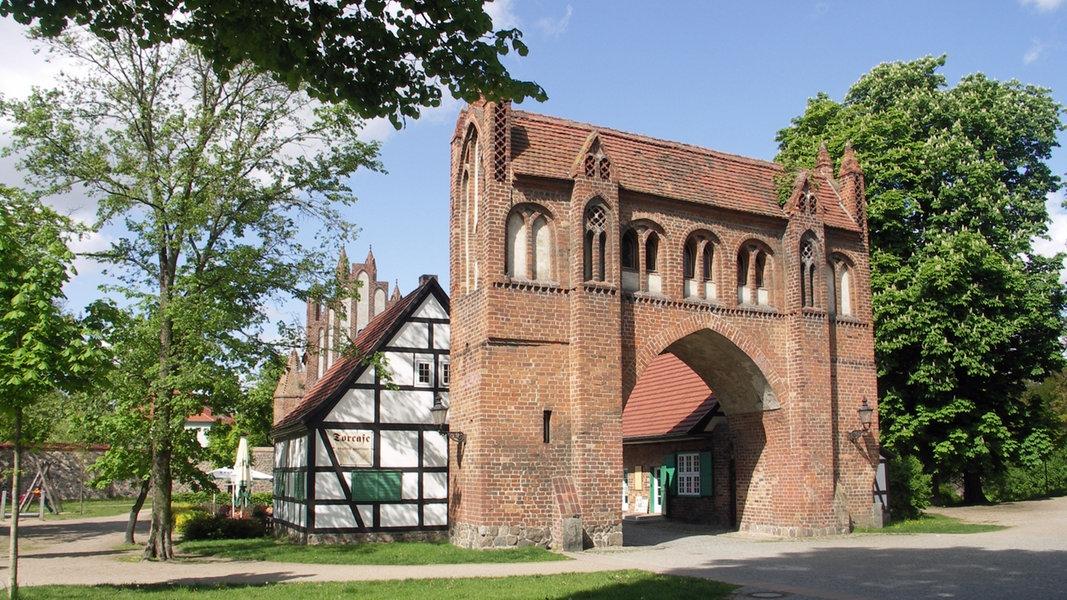 Neubrandenburg und der tollensesee ratgeber for Garten neubrandenburg