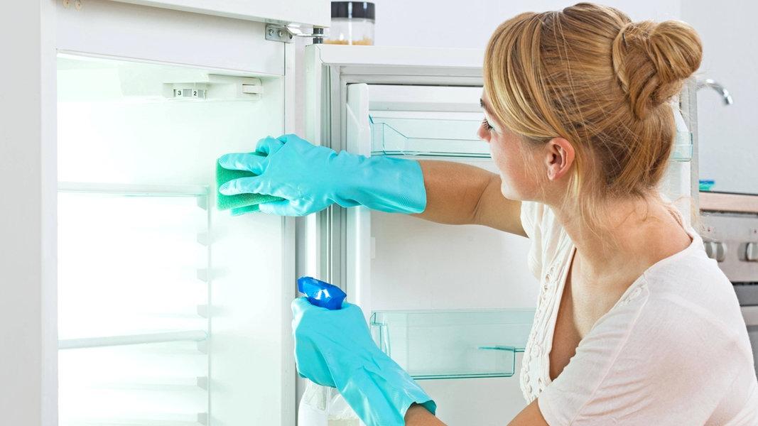 Kühlschrank Im Auto Lagern : Kühlschrank reinigen und lebensmittel lagern ndr.de ratgeber