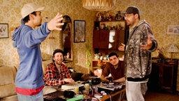 Die Rapper Sido und B-Tight im Film Blutzbruedaz. © Constantin Film Verleih GmbH
