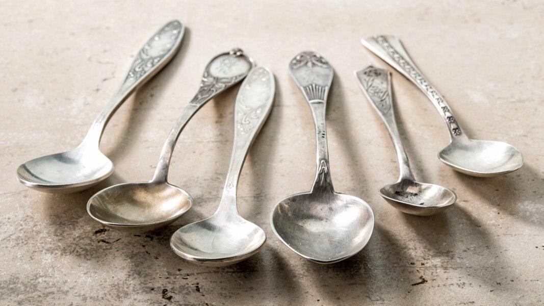 Silber Reinigen Hausmittel : silber reinigen tipps und hausmittel ratgeber ~ Watch28wear.com Haus und Dekorationen