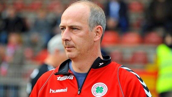 Klage Gegen Ex Fußballprofi Basler Abgewiesen Ndrde Nachrichten