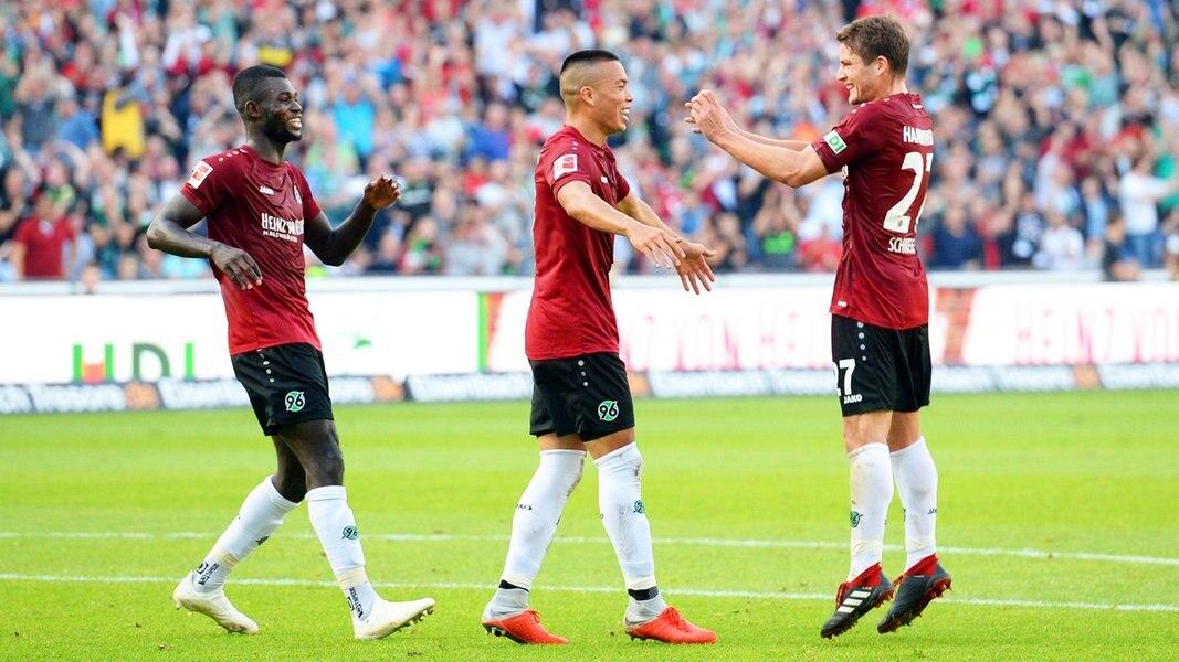 Hannover feiert ersten Saisonsieg | NDR.de - Sport - Fußball