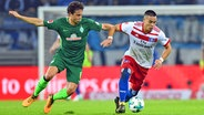 Bremens Thomas Delaney (l.) und Hamburgs Bobby Wood © Witters Fotograf: ValeriaWitters
