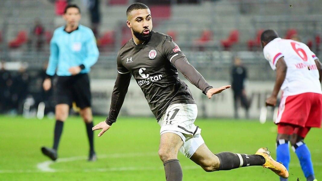 St. Pauli bejubelt späten Derbysieg gegen den Hamburger SV - NDR.de