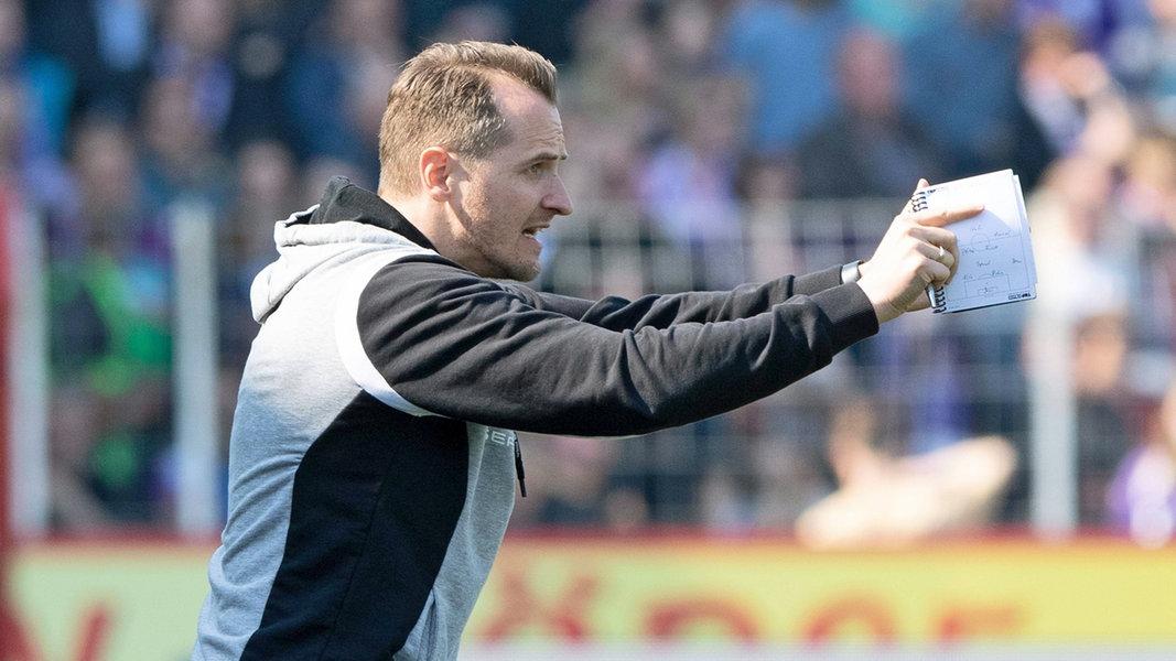 Braunschweig: Flüthmann Trainer - Vollmann neuer Sportdirektor