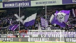VfL-Fans; Rechte: picture alliance/dpa