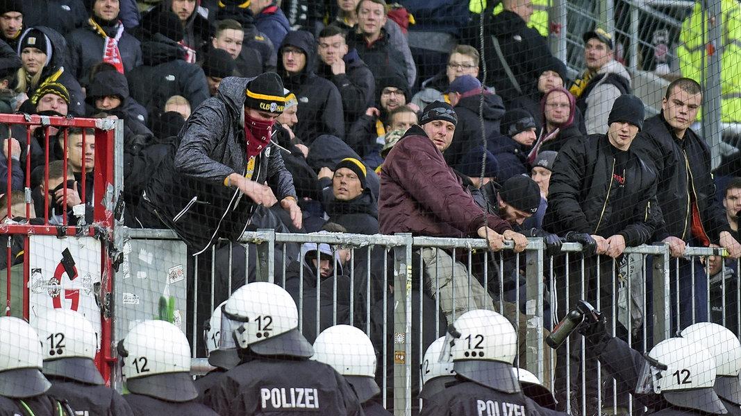 Hamburg Gegen Dresden