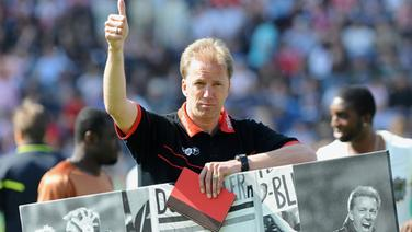 Assistant coach André Trulsen on his departure from FC St. Pauli (Photo from 2011) © Witters Photographer: Valeria Witters