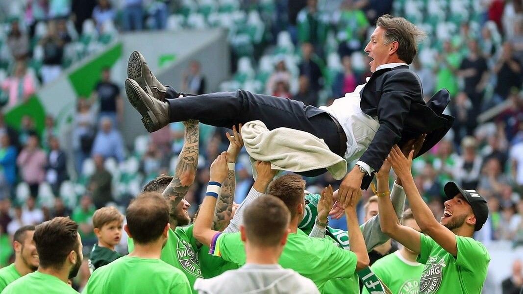 8:1 - VfL Wolfsburg stürmt in die Europa League