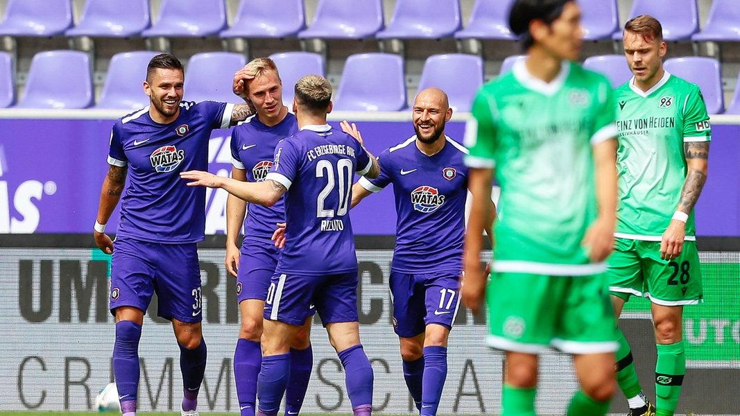 2 liga hannover 96 verliert im erzgebirge  ndrde