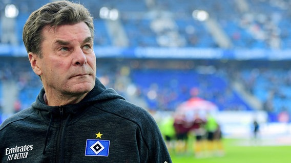 Trainer Dieter Hecking vom Hamburger SV © Witters