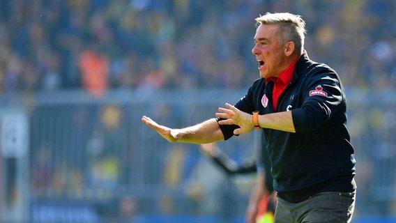 St. Pauli trennt sich offenbar von Ex-Dynamo-Coach Janßen