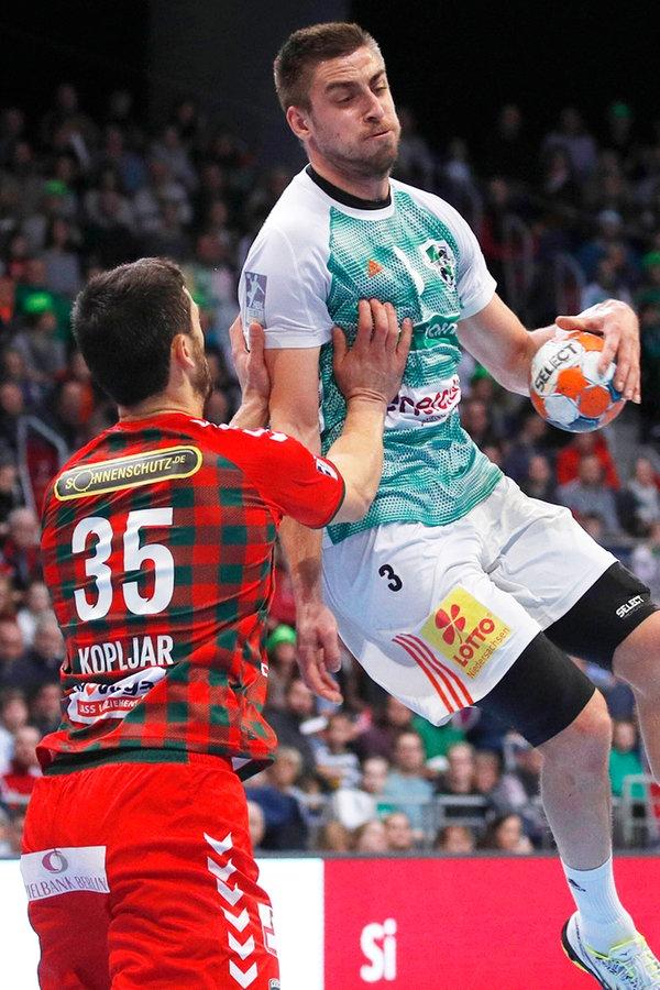 "Handball: ""Recken"" bezwingen die Füchse Berlin"