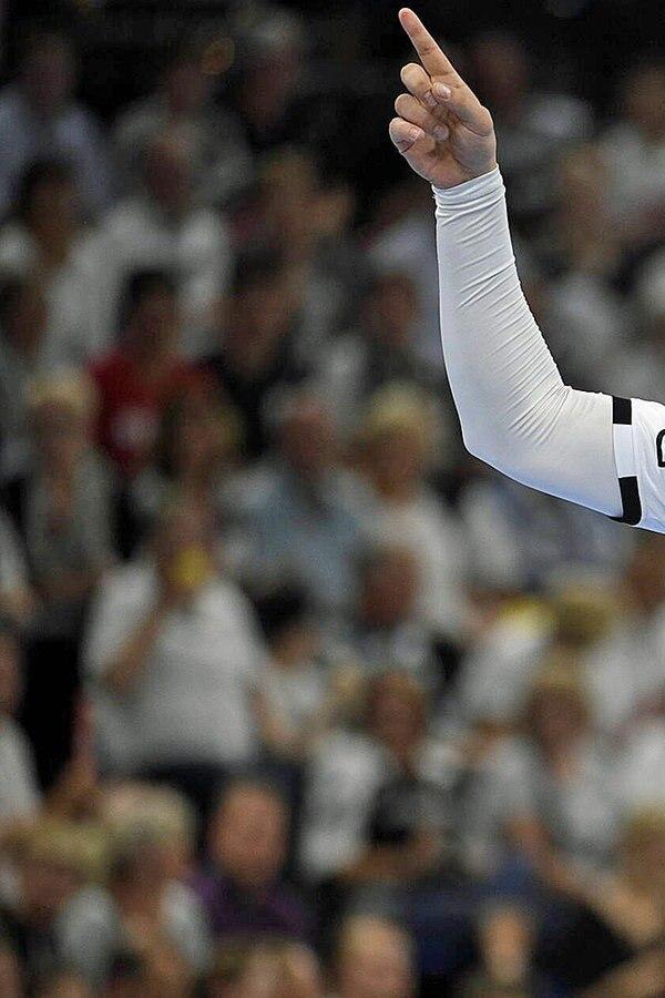 DHB-Pokal: Kiel und Flensburg im Achtelfinale