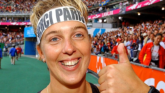 WM-Bronze 2003 in Paris für Steffi Nerius © picture-alliance / dpa/dpaweb Foto: Kay Nietfeld