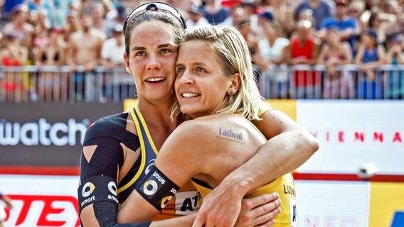 WM-Sieg in Wien: Gold für deutsches Beachvolleyball-Duo
