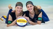 Das Beachvolleyball-Duo Sandra Ittlinger (l.) und Chantal Laboureur © Witters