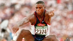 Carl Lewis (USA) © picture-alliance / dpa